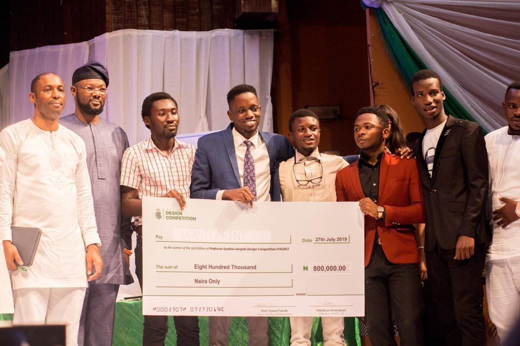 A Team of Five University Students Win Design Competition Solving Nigeria's Social Problems Using Robotics and AI